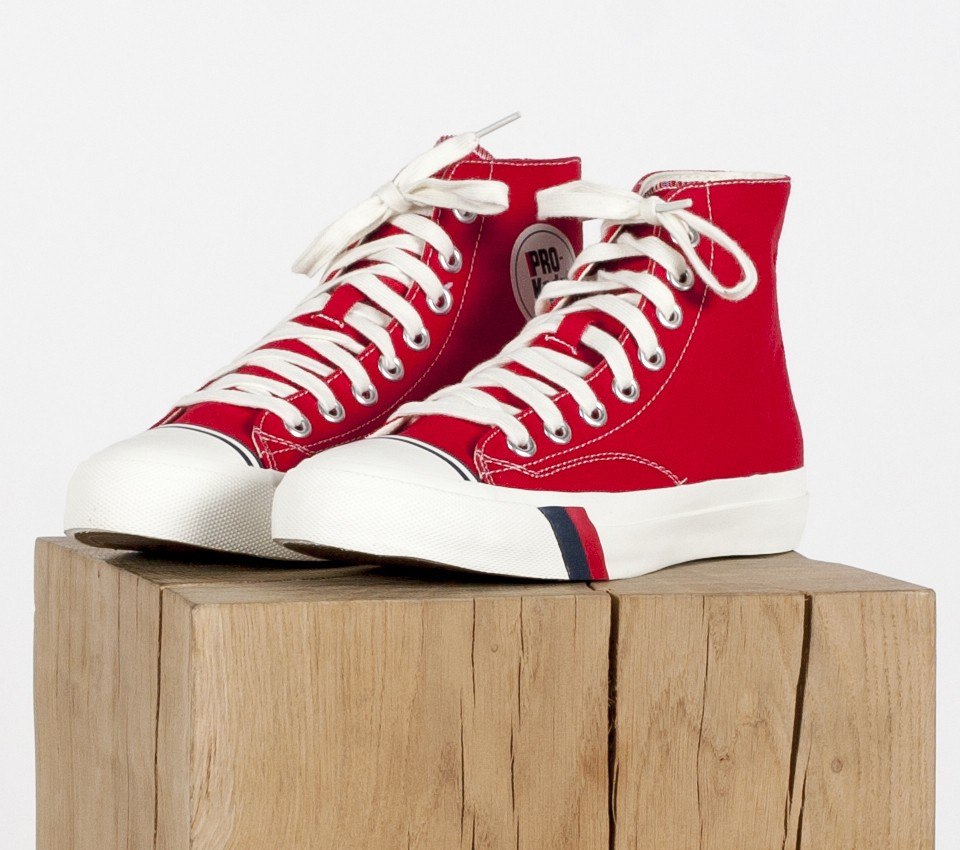 ROYAL HI RED
