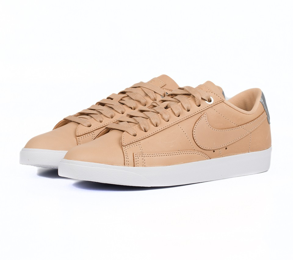 W BLAZER LOW SE PRM