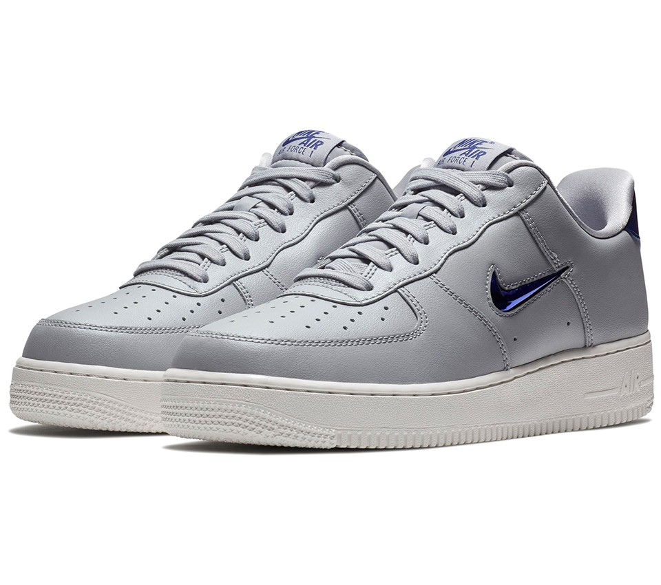 AIR FORCE 1 07 LV8 LTHR