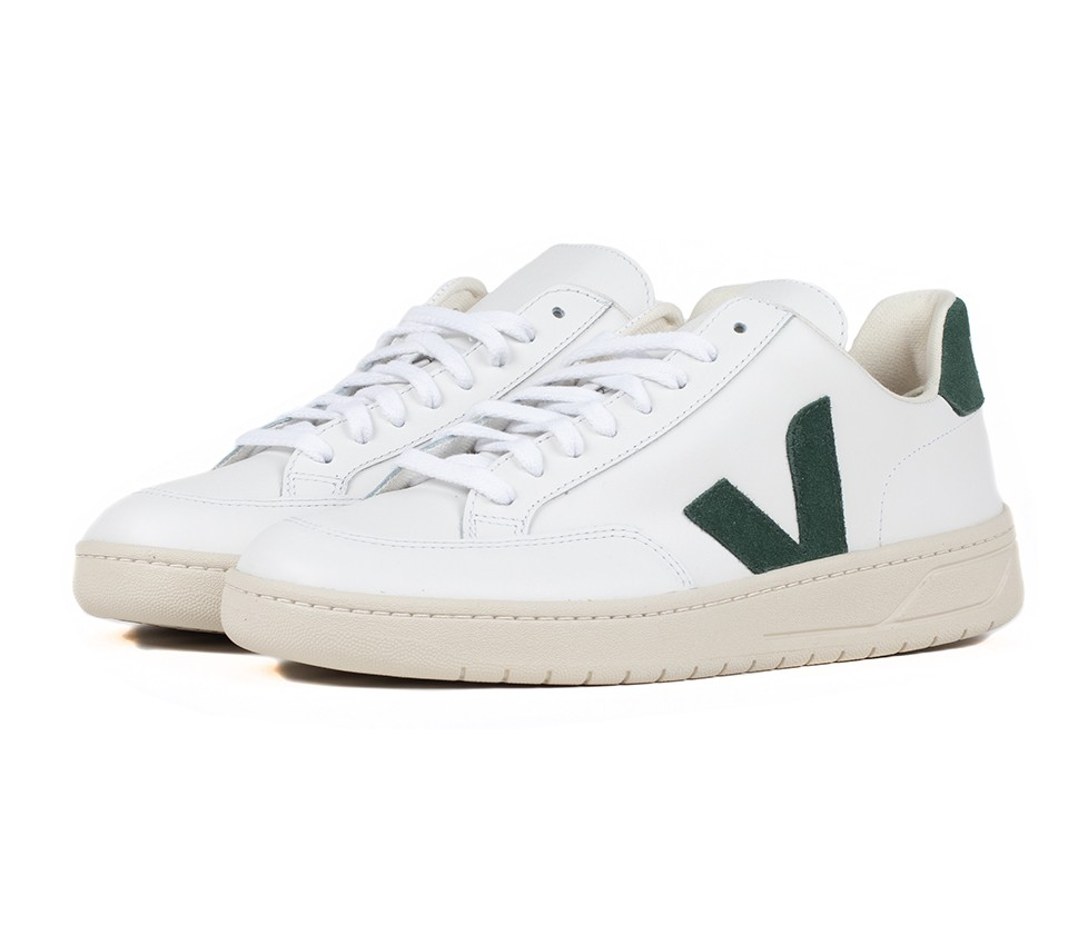 V12 LEATHER EXTRA WHITE CYPRUS